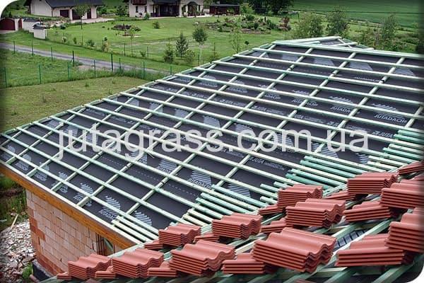 Изображение категории производимой продукции концерном JUTA покрытие стен и крыш