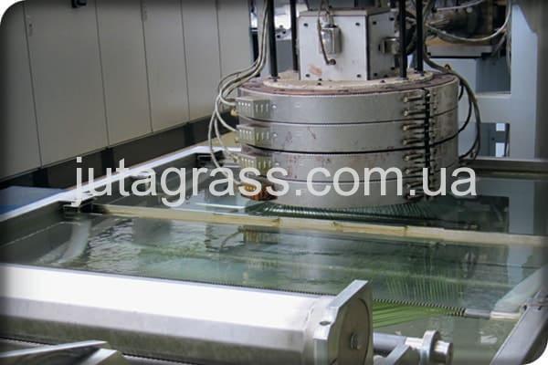 Картинка завода по производству искусственного газона JUTAgrass станок